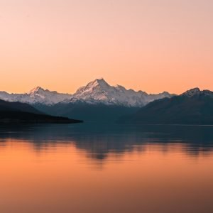 lake pukaki sunset